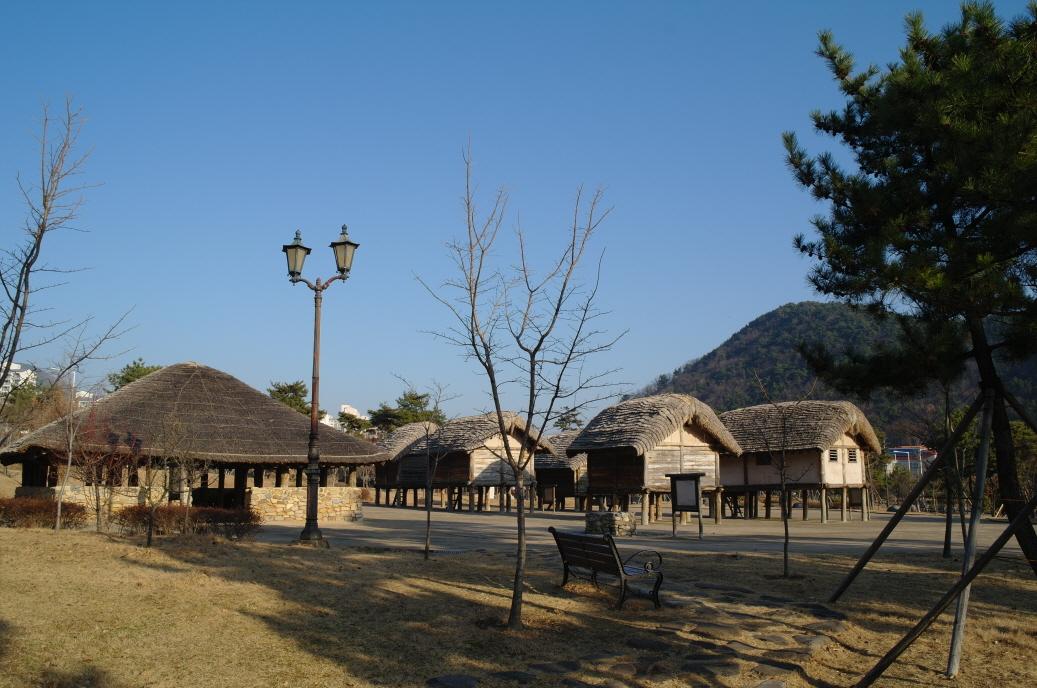아랫덕정유적공원(관동공원)