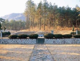 독립투사 김재계선생 묘소