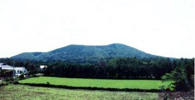 대수산봉(큰물뫼, 물미오름)