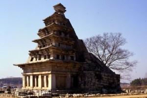 익산미륵사지석탑01