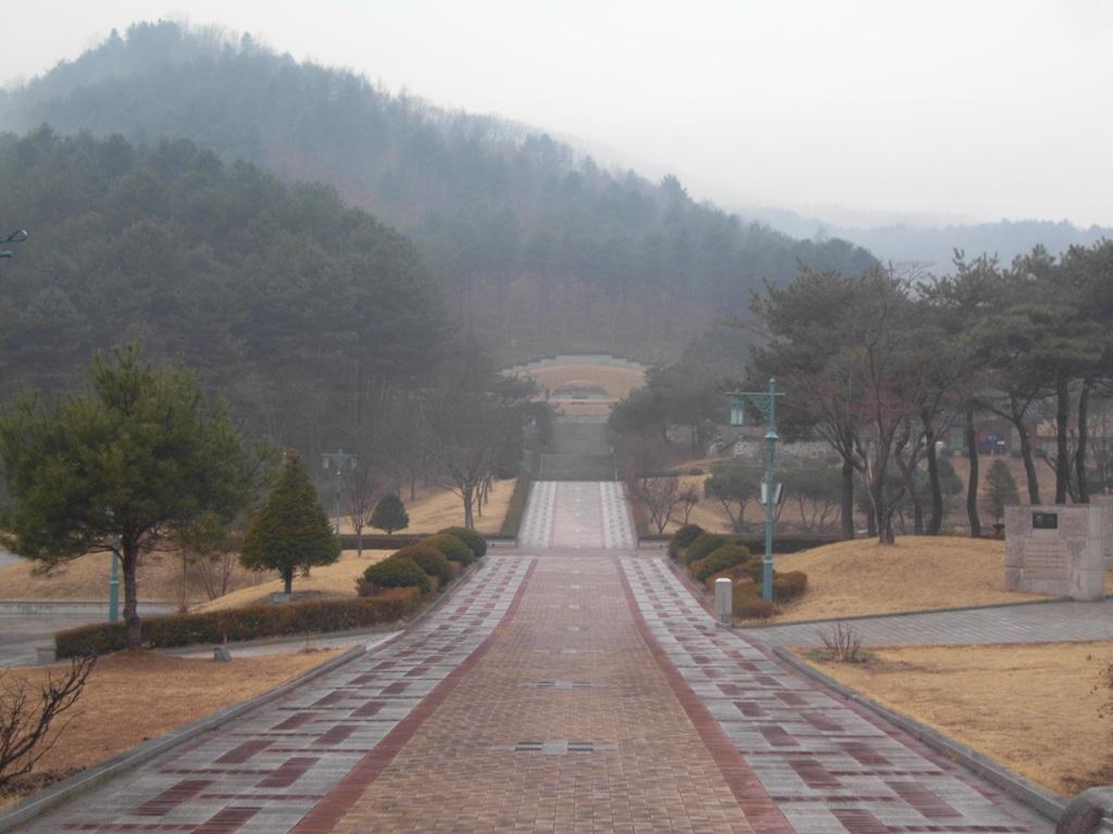 춘천의암유인석묘역