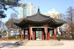 탑골공원팔각정