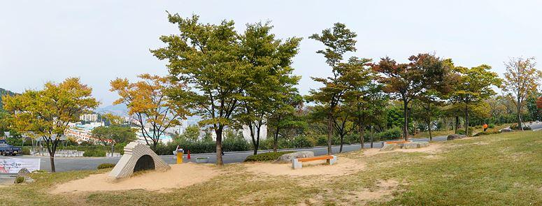 부산민주항쟁기념관,민주공원