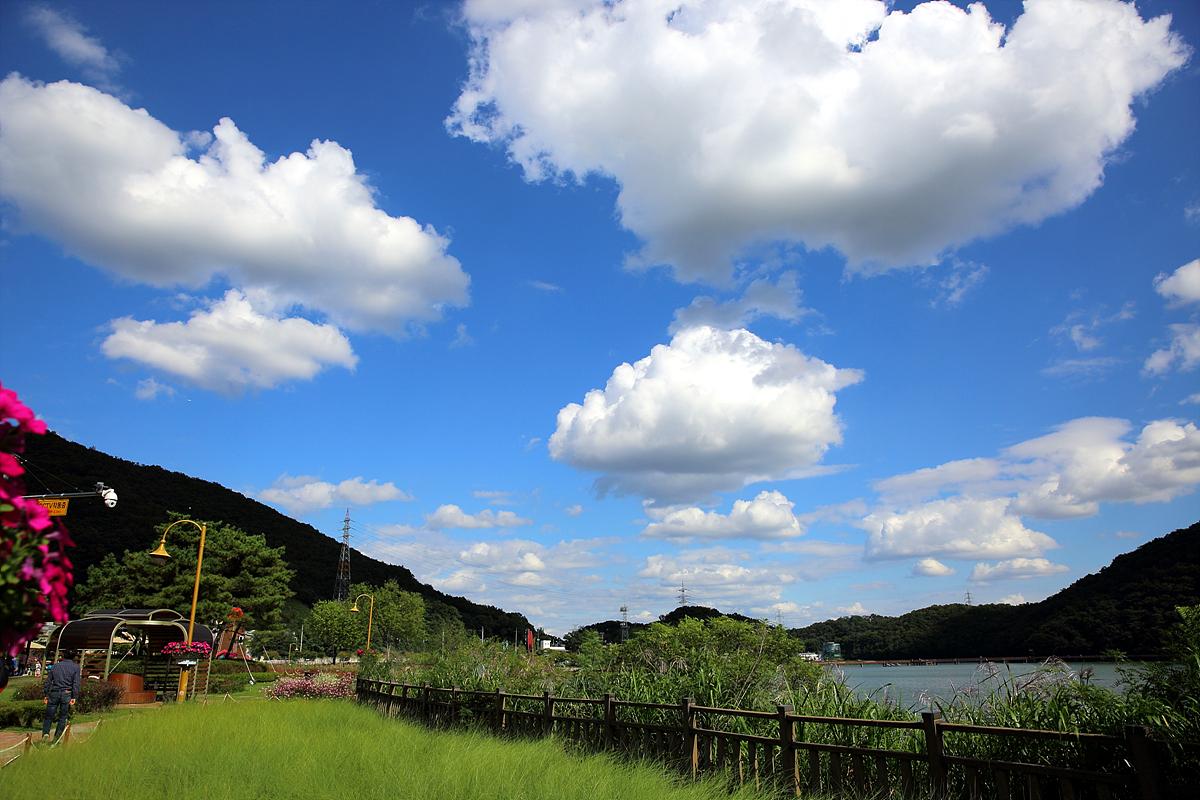 반월저수지(호수)