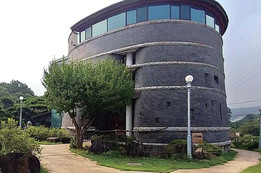 한국등잔박물관