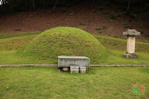 임경업 장군 묘소